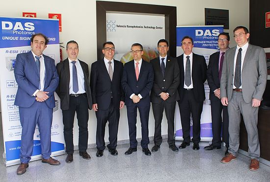 EU Commissioner Carlos Moedas visiting DAS Photonics